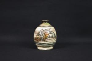 琉球陶器を作り続けた陶芸家 金城次郎